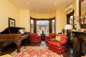ck_VBB_living room piano-3