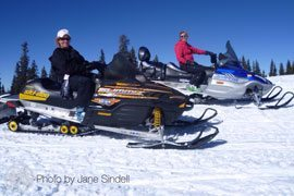 colorado_bed_and_breakfast_activities_snowmobile