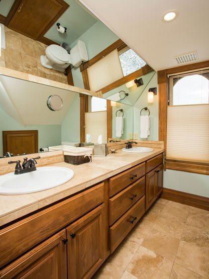 colorado_resorts_flat_top_bathroom2