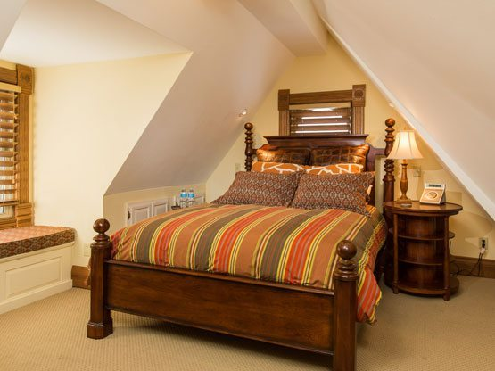colorado_resorts_flat_top_bed