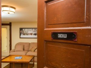 steamboat_springs_CO_emerald_suite_entry