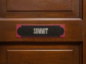 steamboat_suites_summit_door
