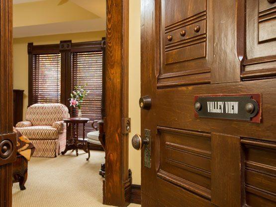 valley_view_room_door